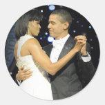 El amor está en el aire, el primer par que baila pegatina redonda