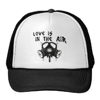 el amor está en el aire gorra