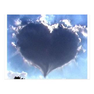 El amor está en el aire: Nube en forma de corazón: Postal