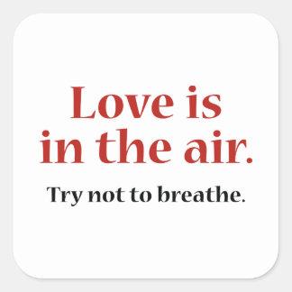 El amor está en el aire pegatina cuadrada