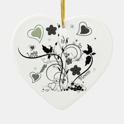 El amor está en la floración adorno navideño de cerámica en forma de corazón