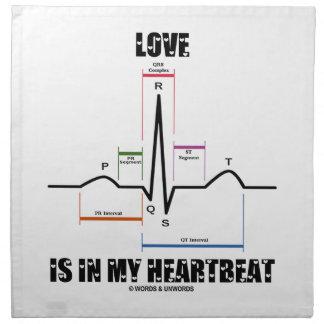 El amor está en mi electrocardiograma del latido d servilleta imprimida