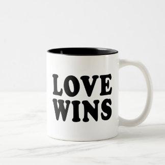 El amor gana la taza
