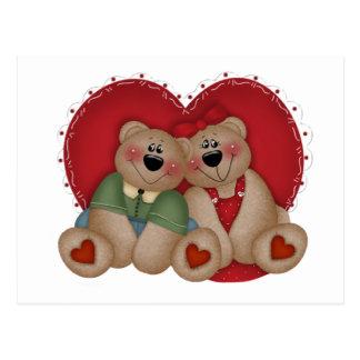 El amor lleva el regalo del el día de San Valentín Tarjeta Postal