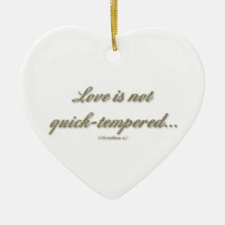 El amor no es rápido moderado/cría sobre lesiones adorno