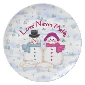 El amor nunca derrite la placa del muñeco de nieve platos de comidas