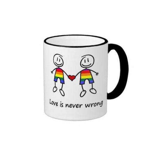 El amor nunca es incorrecto taza de dos colores