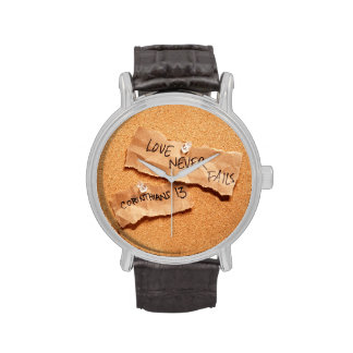 El amor nunca falla Corkboard Relojes De Mano