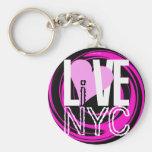 El amor NYC vive en rosa del llavero de NYC