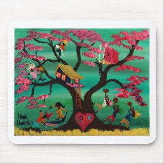 El amor sortea el árbol tapete de raton