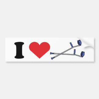 El amor sostiene a la pegatina para el parachoques etiqueta de parachoque