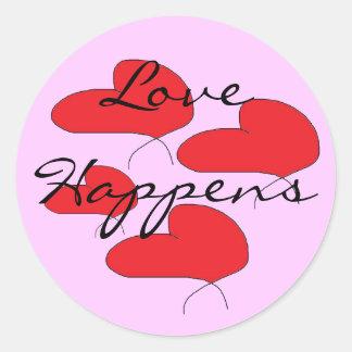 El amor sucede los pegatinas pegatina redonda