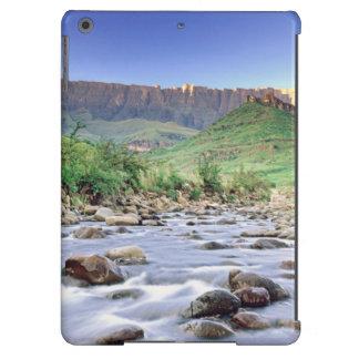 El Amphitheatre y el río de Tugela en Drakensberg Funda Para iPad Air