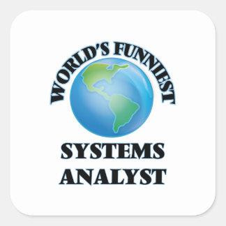 El analista de sistemas más divertido del mundo calcomanía cuadrada personalizada