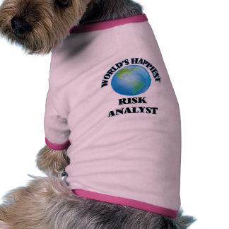 El analista más feliz del riesgo del mundo camiseta con mangas para perro