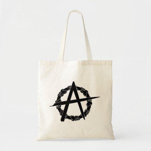 el anarquista del círculo-uno da la bolsa de asas