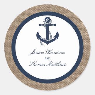 El ancla de la marina de guerra en la colección pegatina redonda