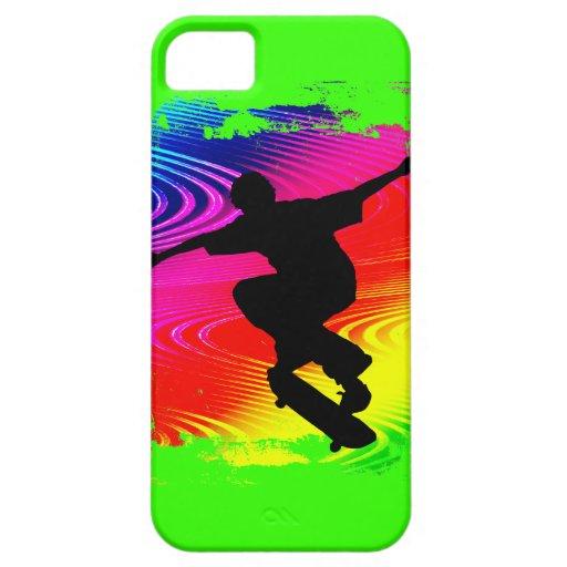 El andar en monopatín en Grunge del arco iris iPhone 5 Case-Mate Carcasa