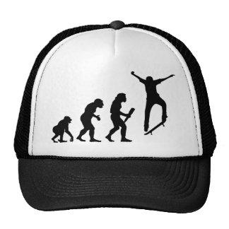 El andar en monopatín gorras