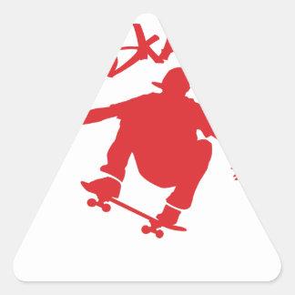 El andar en monopatín pegatina triangular