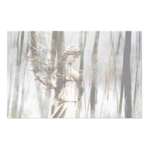 El ángel camina con invierno papelería de diseño