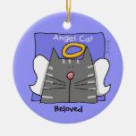 El ángel gris del gato de Tabby personaliza Ornamento De Navidad