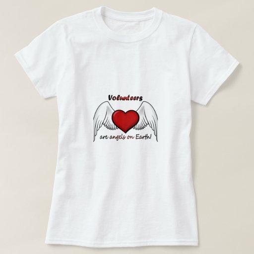 El ángel se ofrece voluntariamente la camiseta