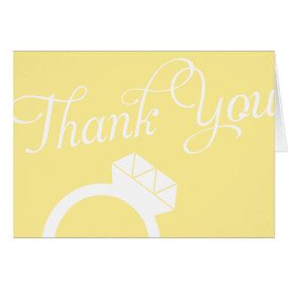 El anillo de compromiso le agradece las tarjetas