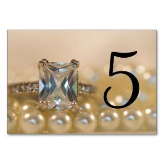 El anillo de la princesa diamante gotea números de