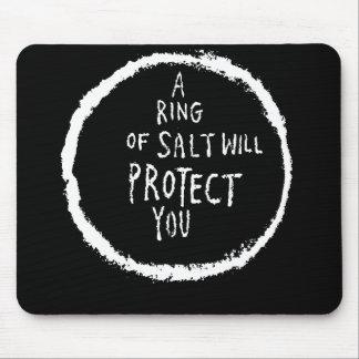 ¡El anillo de la sal le protegerá! Tapete De Ratón