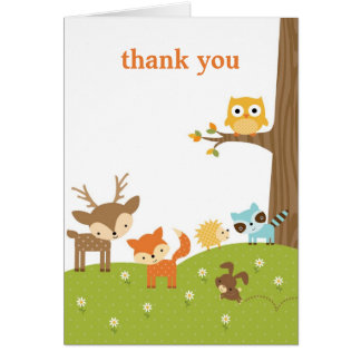 El animal lindo del arbolado le agradece las tarjeta pequeña