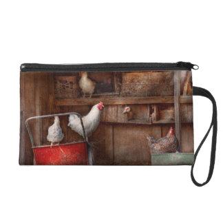 El animal - pollo - el pato es espía