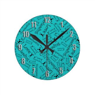 El animar del amor de la turquesa I Reloj Redondo Mediano