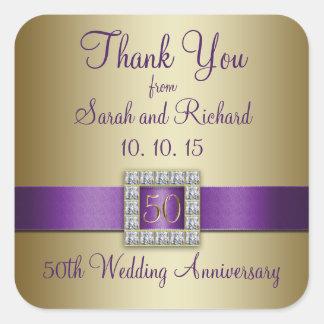 El aniversario de boda púrpura del oro 50 o le agr pegatinas cuadradas personalizadas