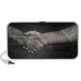 El apretón de manos del dinero mini altavoz