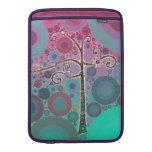 El árbol colorido enrrollado de la voluta circunda fundas para macbook air