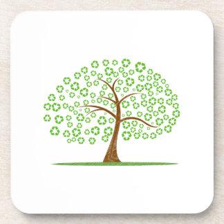 el árbol con recicla para el eco design.png de las posavasos para bebidas