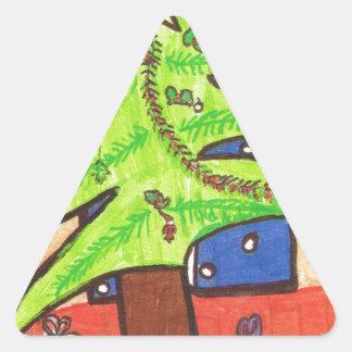 El árbol de navidad, alista para los regalos pegatinas de triangulo personalizadas