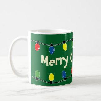 El árbol de navidad de encargo enciende la taza de