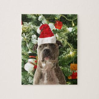 El árbol de navidad del perro de Pitbull adorna el Puzzle