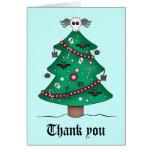 El árbol de navidad gótico lindo le agradece tarjeton