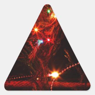 El árbol del día de fiesta de las Felices Navidad Calcomania Triangulo Personalizadas