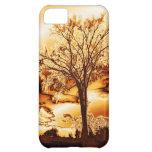 El árbol en caso fundido del iPhone 5 del oro