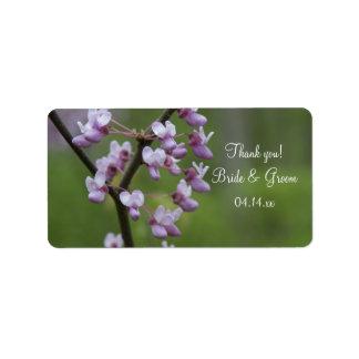 El árbol floreciente del boda le agradece etiquetas de dirección