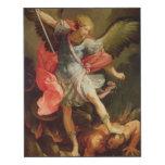 El arcángel Michael que derrota Satan