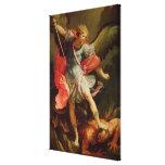 El arcángel Michael que derrota Satan Lona Estirada Galerías