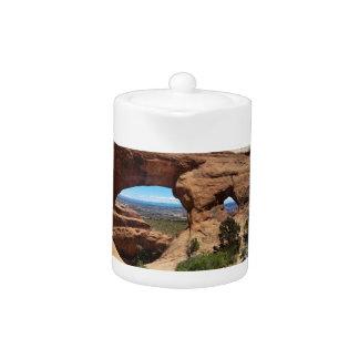 El arco de Navajo arquea el parque nacional Utah