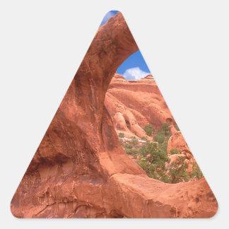 El arco doble del parque O arquea Utah Pegatina Triangular