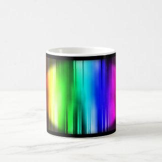 El arco iris alinea la taza