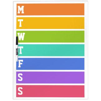 El arco iris colorea al tablero de mensajes de enc pizarra blanca